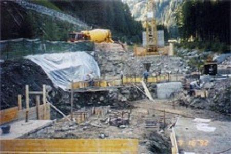 Zentralengebäude - Fundamente und Baugrube