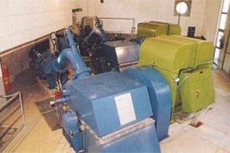 Die beiden Gruppen zur Stromerzeugung zu je 1.800 kVA